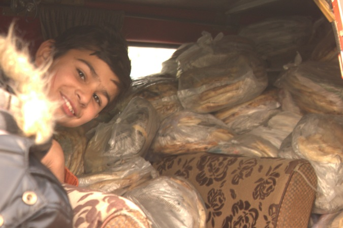 A van full of Naan.